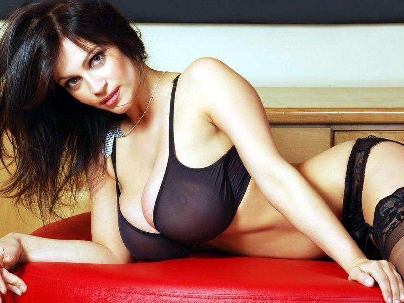 Foreigner Escorts Service in Paharganj
